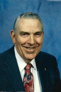 Earl Reynolds Sr.